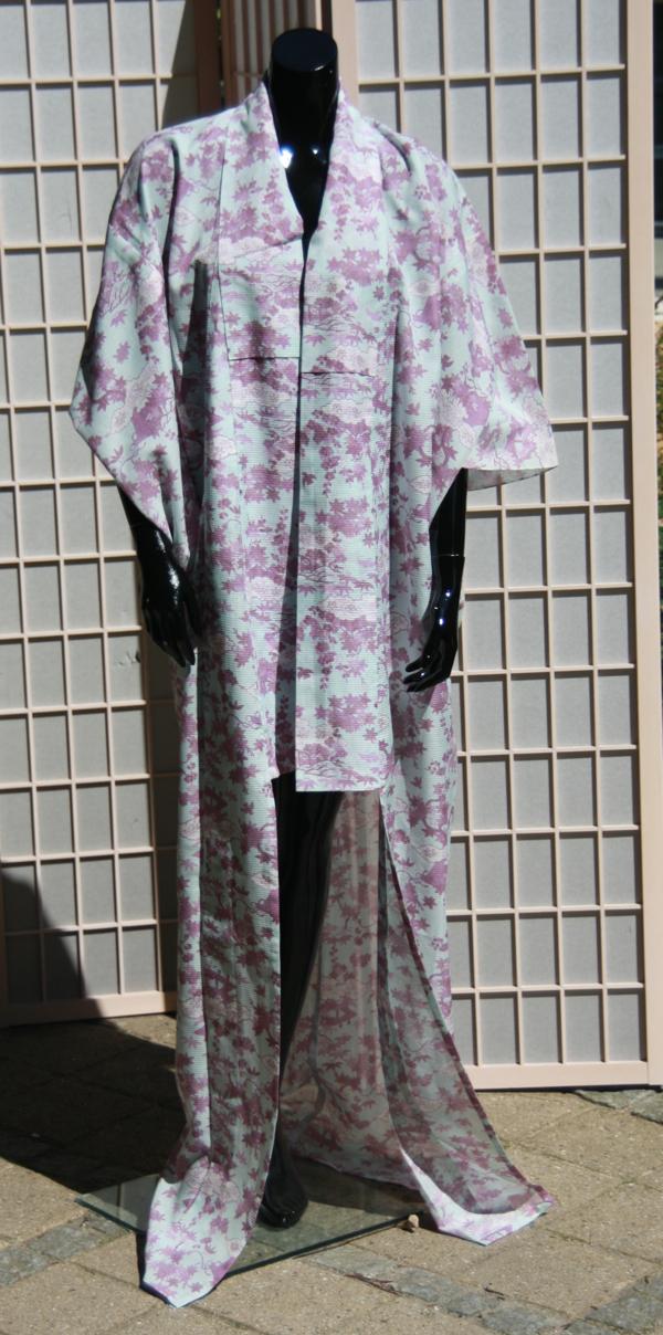 lilla blomst kimono